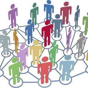 AAAAMany people group talk network social media Kopie